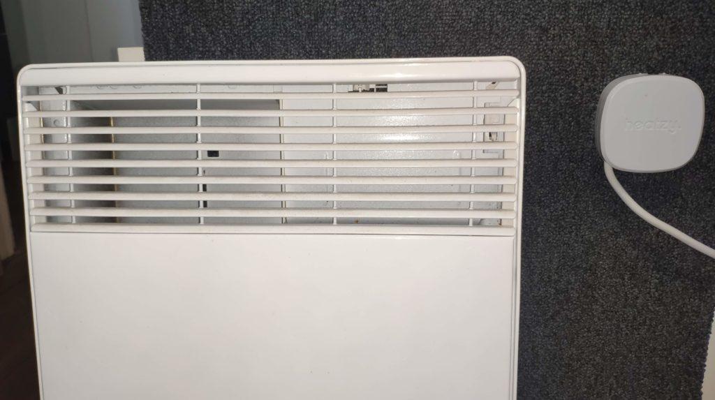 fixation mur heatzy et radiateur